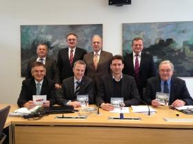 wiwe unterwegs, wiwe Vorstand Gernot Hein besucht den Bayerischen Landtag